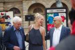 Simona Krainová si pořizuje zbrojní pas
