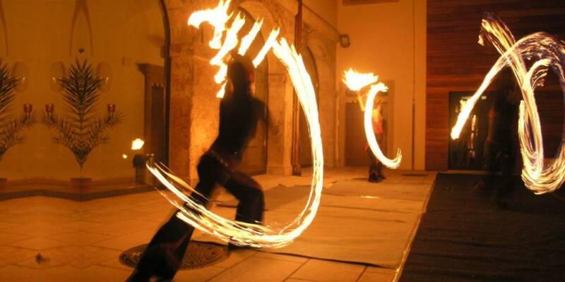 fireshow-pa-li-tchi-vejire-fire-fans2-size