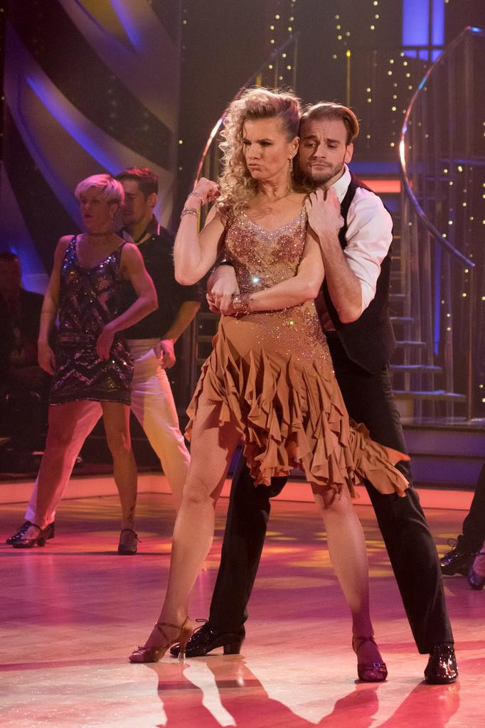 V ateliéru 9 Barrandovských ateliérů se uskutečnil živý přenos sedmé řady taneční soutěže Stardance České televize.