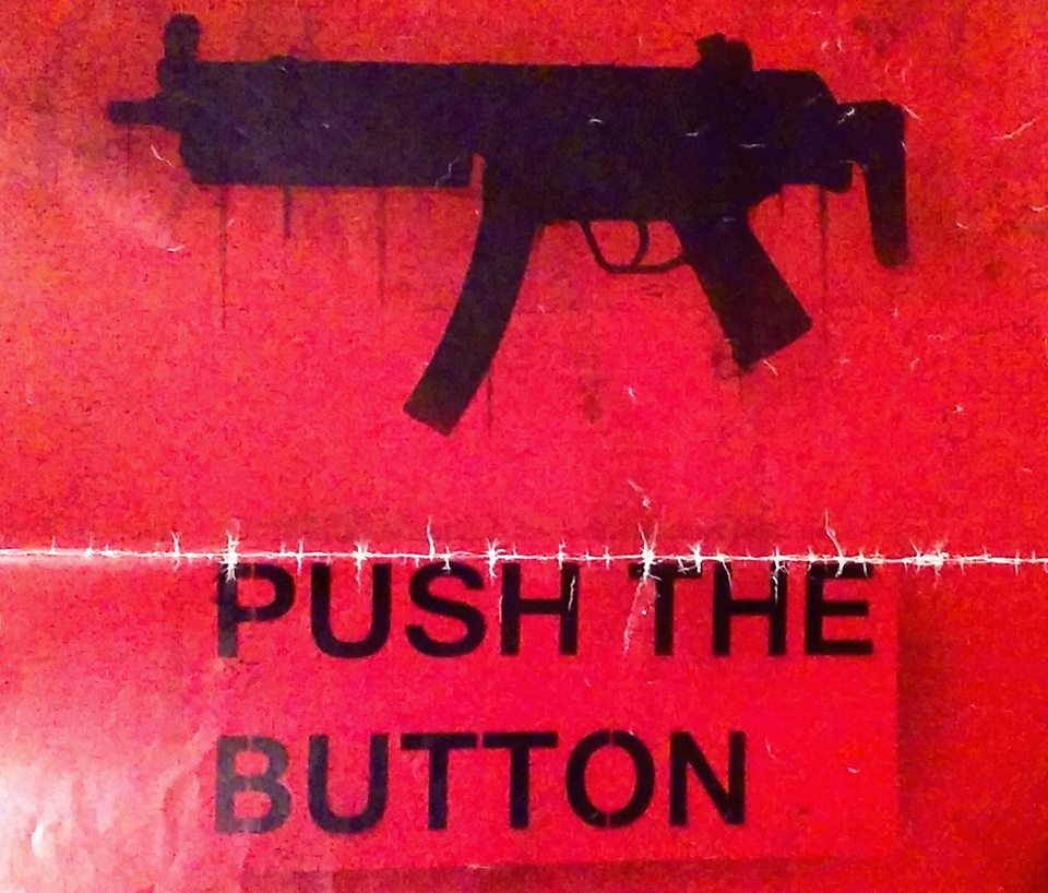 pushthebutton02