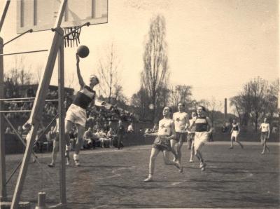 5_v_ymca_se_narodil_basketbal_foto_ymca_repro_zdarma