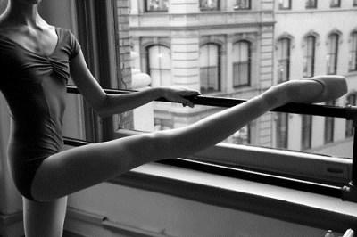Soutěž na realizaci tanečního vystoupení inspirovaného dílem POLY NIRENSKE