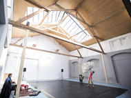 Výzva Studia ALTA pro studenty divadelních a tanečních škol