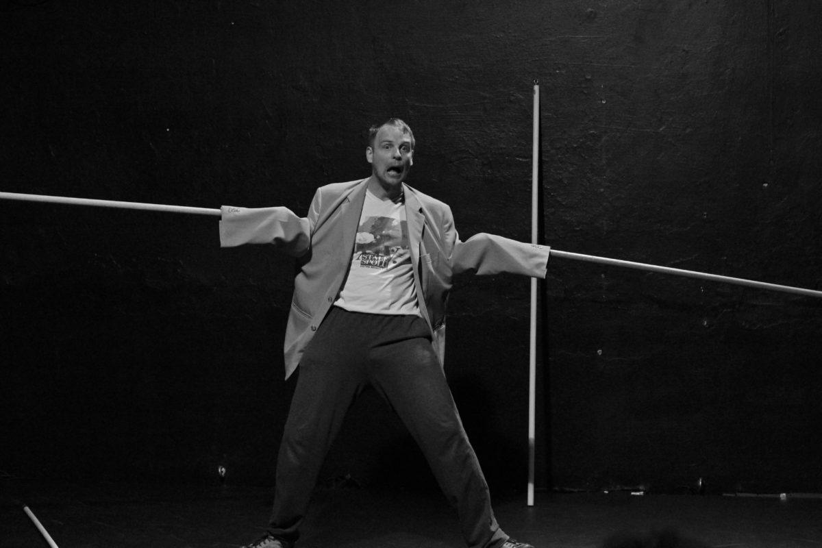 JATKA78 uvedou premiéru klaunérie »Přecházení«