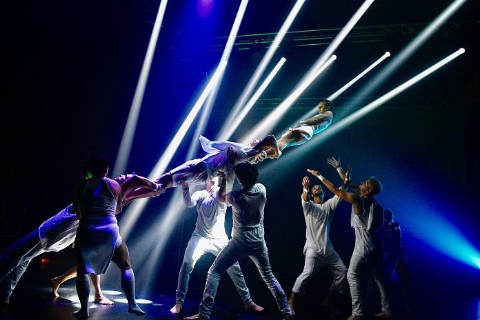 POZOR! Startuje Open Air festival Losers Cirque Company