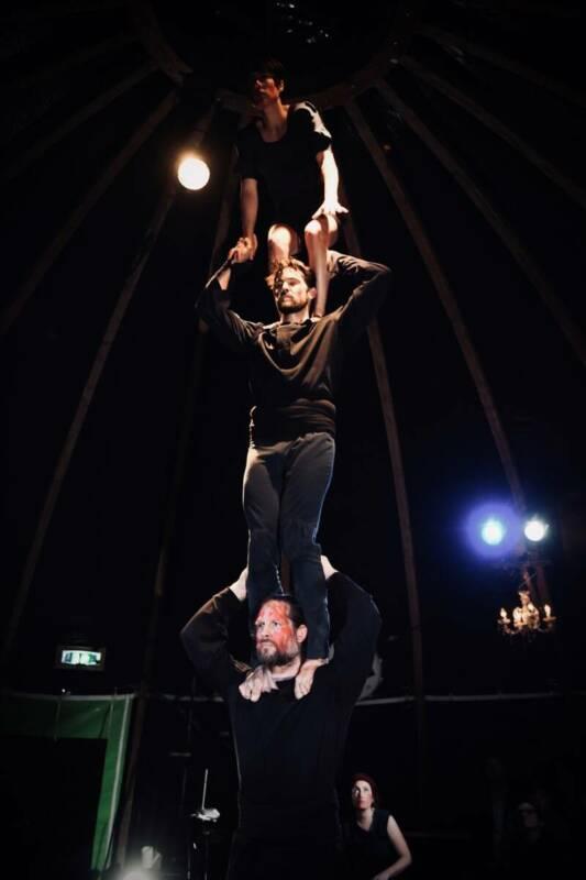 """""""LETNÍ LETNÁ"""" LETÍ – cirkusová groteska i unikátní představení plné žen"""