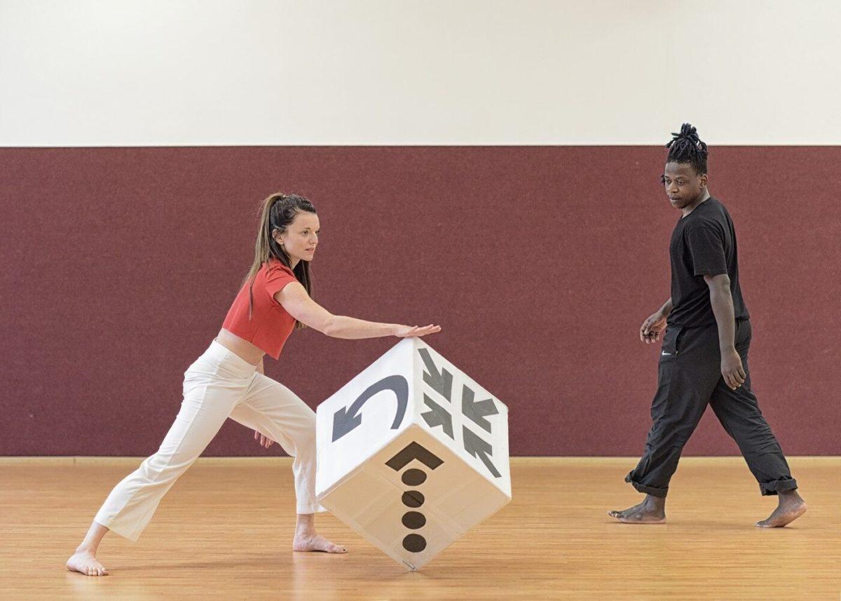 Jak se tančí hra, která neexistuje – premiéra »Nincs«
