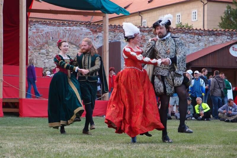 Tance čtyř staletí