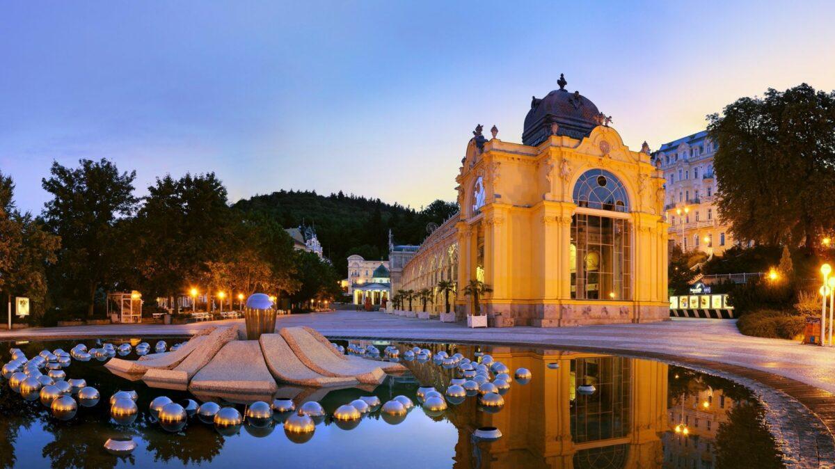 Karlovy Vary nebudou! Mariánské Lázně ano!