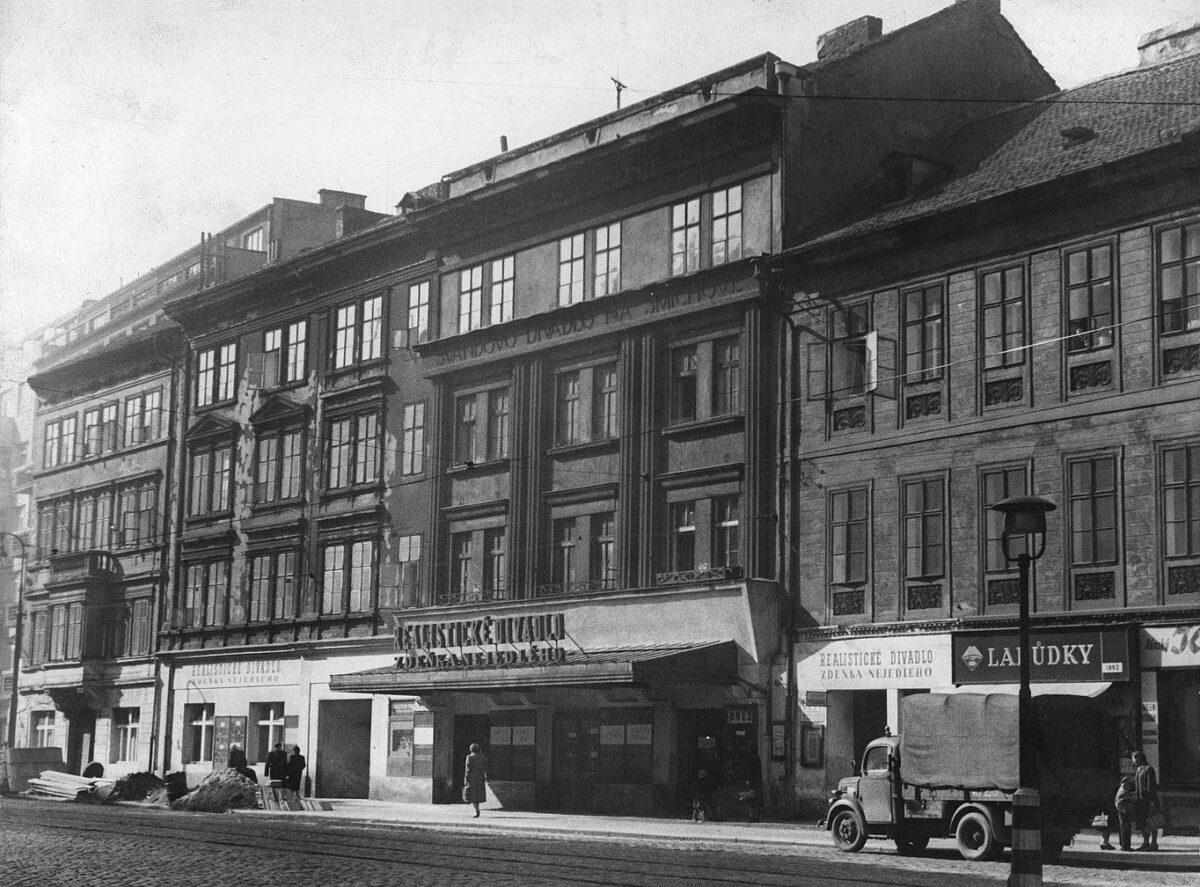 Švandovo divadlo slaví 140 let